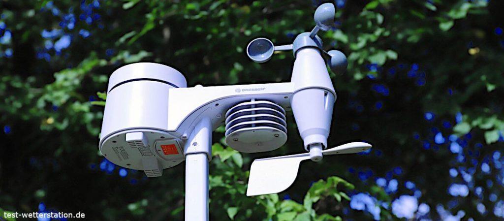 Bresser Wetterstation 5-in-1 Außensensor Montage im Garten